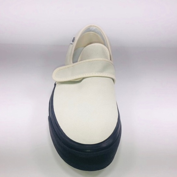 f7dafb01b9 VANS Slip On 47 DX Anaheim Factory OG White Shoes. NWT. Vans.  M 5caaab3926219fa3f1cc29ee. M 5caaab3816105d52c2cdc07b.  M 5caaab3a264a550aff928255